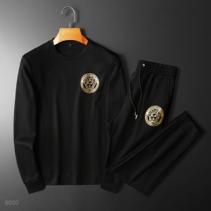 $82.00,Versace Tracksuits For Men in 231409