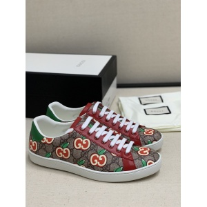 $82.00,Gucci ACE GG Supreme Sneaker With GG Apple Print # 233363
